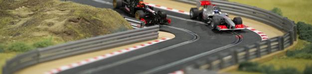 F1-Slot-car-track-corner-626x416